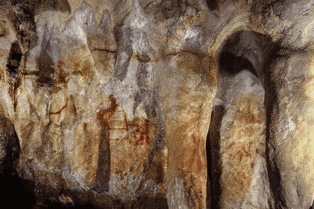 تدوین نقشۀ پراکندگی غارها در ایران