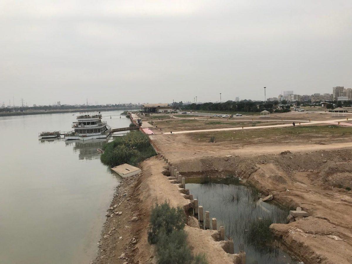 نقدی بر اقدامات ساحلسازی حاشیۀ رود کارون در اهواز