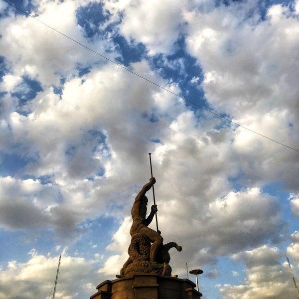 مجسمه شهری