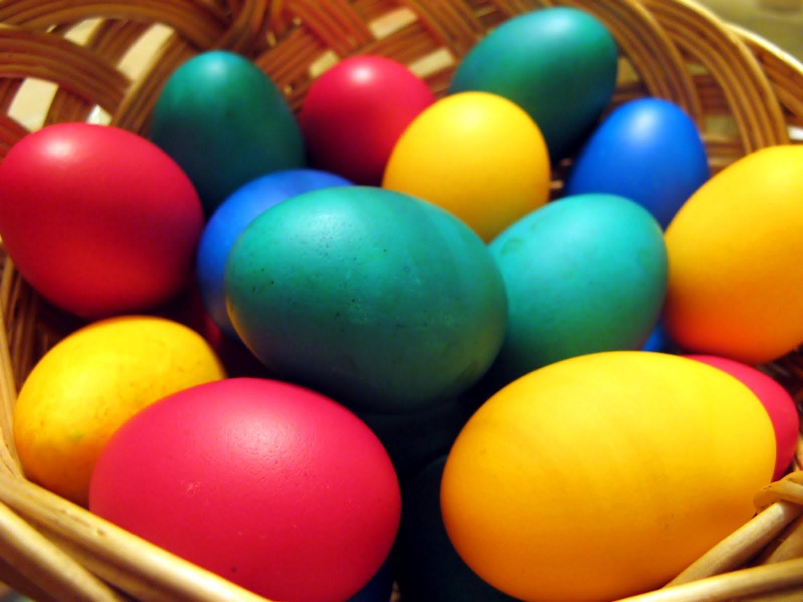 مبادله تخممرغ الوان در عید نوروز