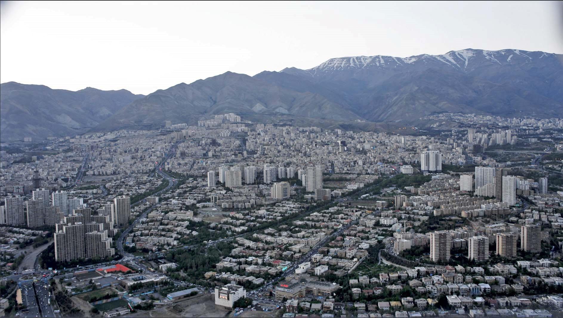 هویت فراموش شده منظر طبیعی تهران در طی فرآیند توسعه در یک قرن اخیر