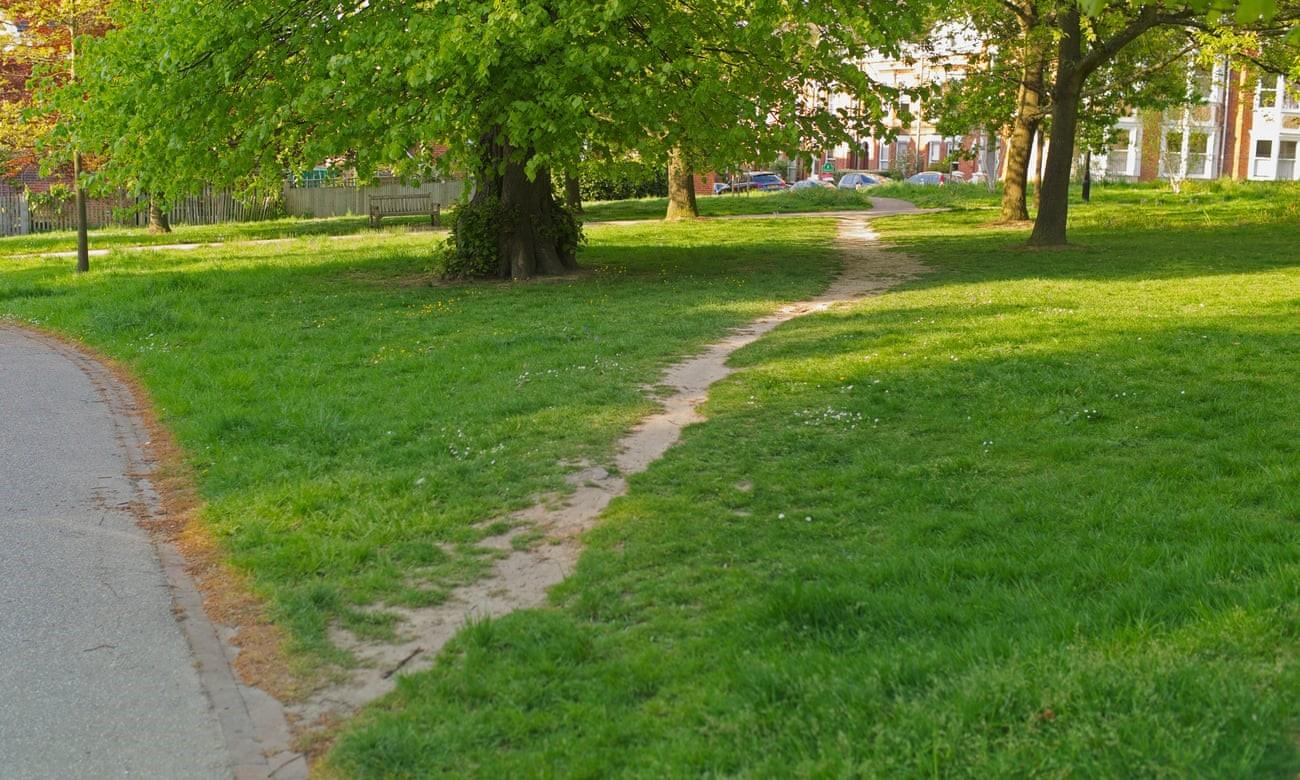شکلگیری مسیرهای طراحی نشده و غیرقانونی؛ مخالف با نظر برنامه ریزان شهری