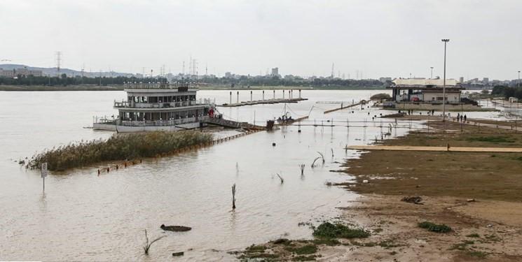جستاری در گمگشتگی نقش رودخانه های شهری در ایران