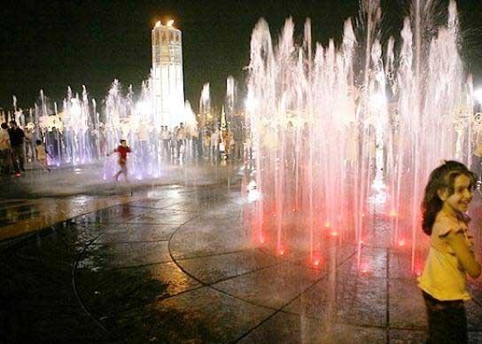 تجربه لمس عناصر طبیعی برای کودکان در شهر