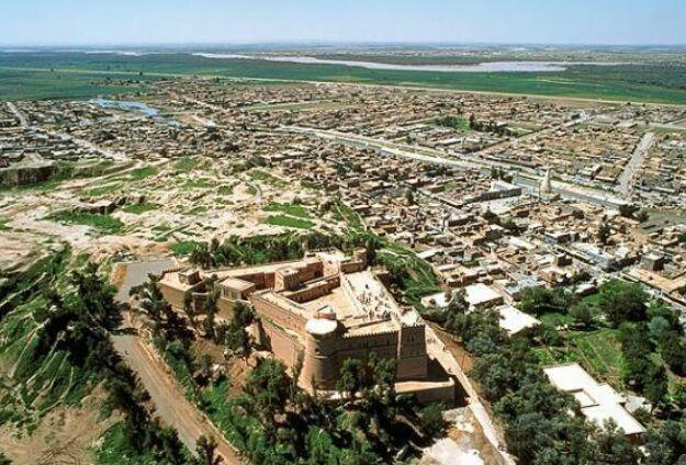 مورد منحصر به فرد شوش، برخورد شهر باستانی و شهر جدید